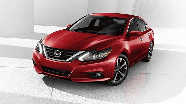 2017 Nissan Altima – The Perfect Budget Car for Emiratis